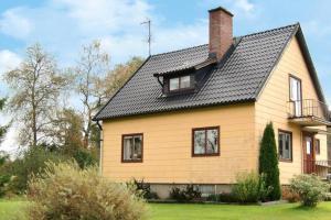 Three-Bedroom Holiday home in Strömsnäsbruk