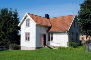 Two-Bedroom Holiday home in Färjestaden