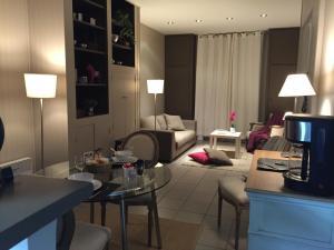Charmants appartements centre ville, Apartmanok  Montpellier - big - 2