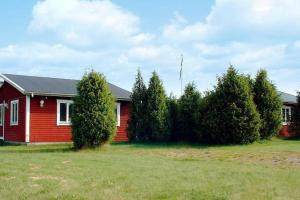 Two-Bedroom Holiday home in Norrhult 3