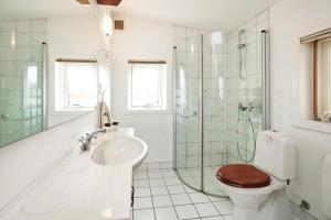 Three-Bedroom Holiday home in Roskilde, Dovolenkové domy  Kirke-Hyllinge - big - 20