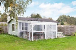 Two-Bedroom Holiday home in Rødby 6