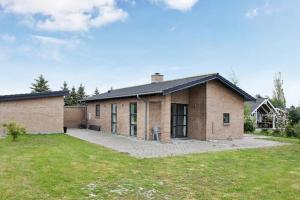 Three-Bedroom Holiday home in Bogø By 2