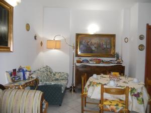 B&B Home Sweet Home, Bed and Breakfasts  Diano Marina - big - 37