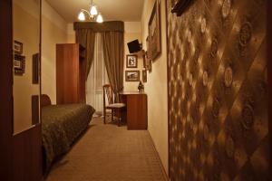 Отель Холстомер - фото 12