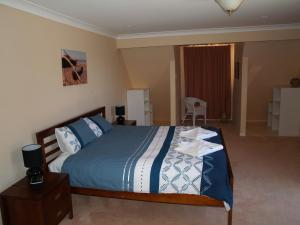 Boobook Manor, Holiday homes  Parndana - big - 3