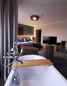 Crocus Gere Bor Hotel Resort & Wine Spa, Hotels  Villány - big - 11
