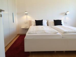 Ferienwohnungen in der Villa Carola, Апартаменты  Баден-Баден - big - 19