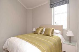 London Eye Riverside Apartments