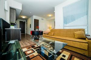 Downtown Penelope Apartment