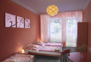 Hotel Pod Stráží, Hotel  Lhenice - big - 3