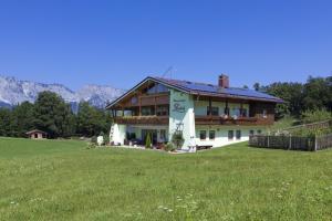 Ferienwohnungen G�stehaus L�rcheck
