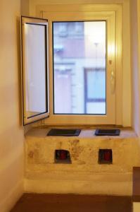 Piazzetta Santa Barbara, Apartmány  Bari - big - 36