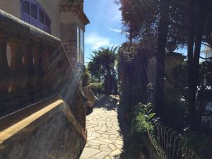 Villa Tricia Cannes, Bed & Breakfasts  Cannes - big - 32