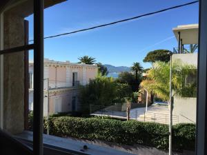 Villa Tricia Cannes, Bed & Breakfasts  Cannes - big - 5