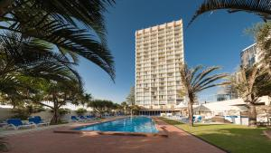 Chateau Beachside Resort - Surfers Paradise, Queensland, Australia