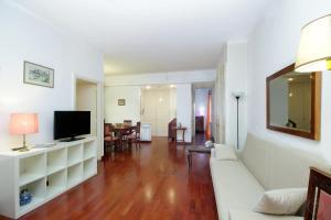 Trastevere Market Apartments