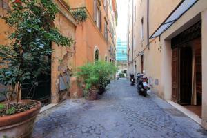 Sweet Life studio Rome