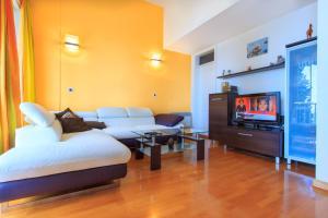 Apartment Near The Beach, Ferienwohnungen  Ičići - big - 18