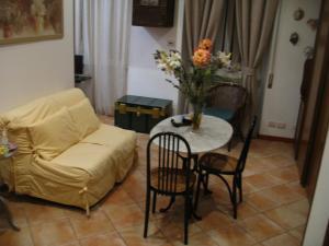 Chez Elena