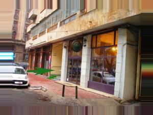 Bloc Colonadelor, Hostels  Bukarest - big - 43