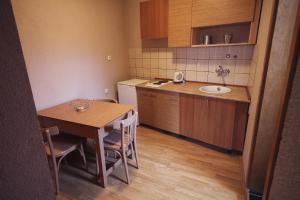 Guest House Via, Penzióny  Bitola - big - 20