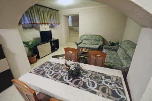 Guest House Via, Penzióny  Bitola - big - 42
