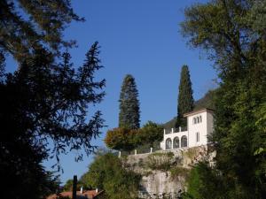Pavilion by Villa Lario