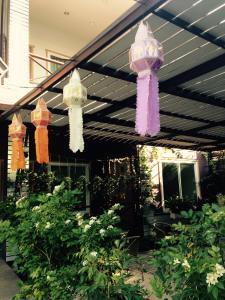 Baan Jaru, Гостевые дома  Чианграй - big - 68