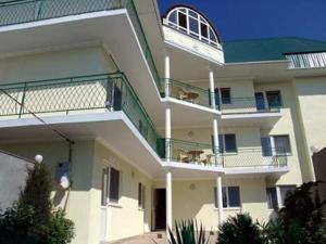 Solnyshko Guest House