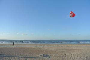 B&B Azee, Bed and Breakfasts  Ostende - big - 6
