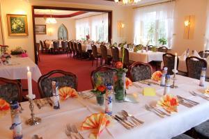 Hotel Graf Balduin, Отели  Esterwegen - big - 30