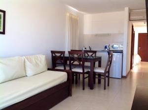 Apart Hotel Beira Mar, Отели  Пунта-дель-Эсте - big - 5