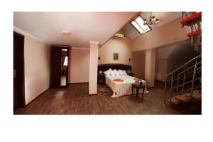 Green Hall Hotel, Hotels  Estosadok - big - 15