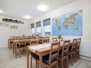 Kef Guesthouse at Grænásvegur, Bed and Breakfasts  Keflavík - big - 43