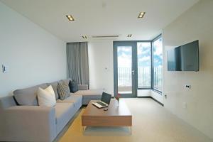 Benikea I-Jin Hotel, Hotel  Jeju - big - 20
