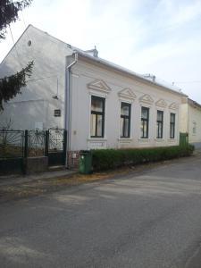 Szent Imre Vendégház Tolcsva