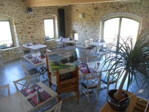 Auberge des Myrtilles, Hotels  Saint-Bonnet-le-Froid - big - 24