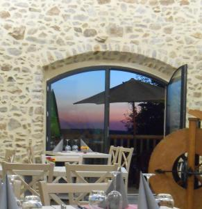 Auberge des Myrtilles, Hotels  Saint-Bonnet-le-Froid - big - 16