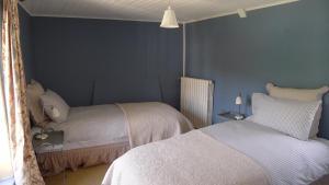 Chambres d'Hôtes La Pommetier, Bed & Breakfasts  Arromanches-les-Bains - big - 5
