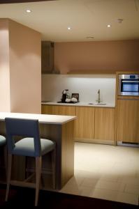 Kanalhaus mit Kingsize-Bett und Küchenzeile (3 Erwachsene)
