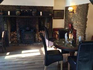 Hunters Lodge Inn