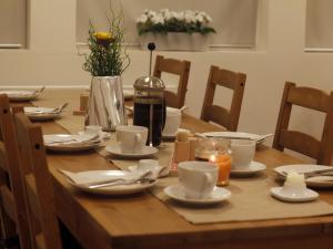 Kef Guesthouse at Grænásvegur, Bed & Breakfasts  Keflavík - big - 33
