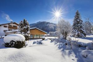 알펜호텔 바이헤르바흐 (Alpenhotel Weiherbach)
