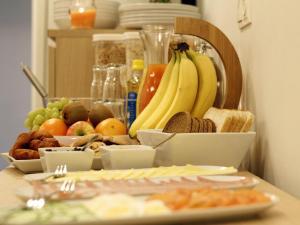 Kef Guesthouse at Grænásvegur, Bed & Breakfasts  Keflavík - big - 26