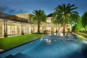 Toorak Manor - A Luxico Holiday Home
