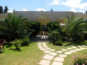 莱斯赛普鲁斯酒店 (Les Cyprès)