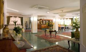 Nearby hotel : Valdenza Hotel