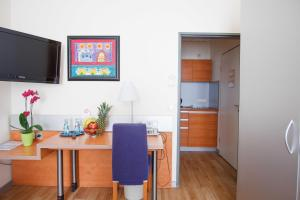 Standard Single Room with kitchenette