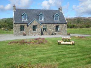 Cooragurteen Stone Cottage